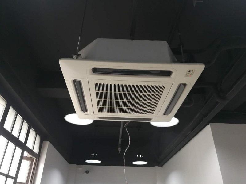吸顶式中央空调