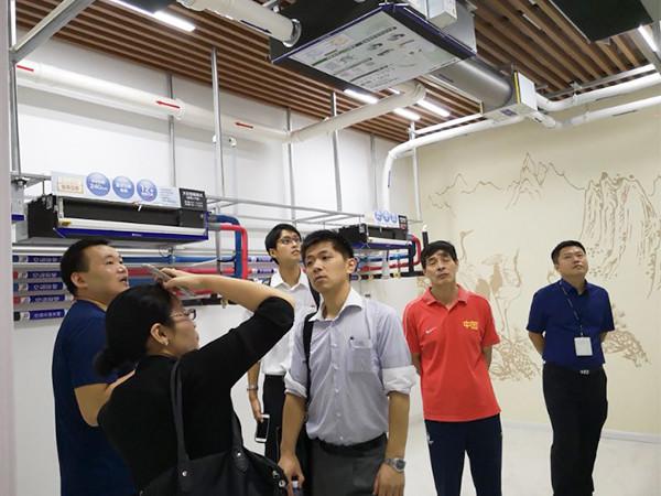越邦机电领导考察